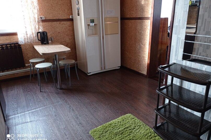 """Гостевой дом """"BukaHouse"""", Свободная улица, 48 на 3 комнаты - Фотография 47"""