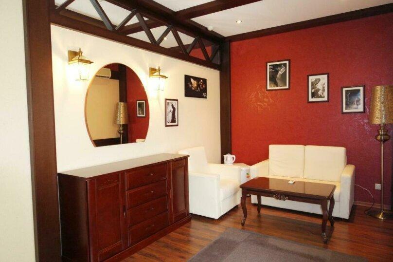 """Отель """"Music Hall"""", Революционная улица, 6 на 10 номеров - Фотография 19"""