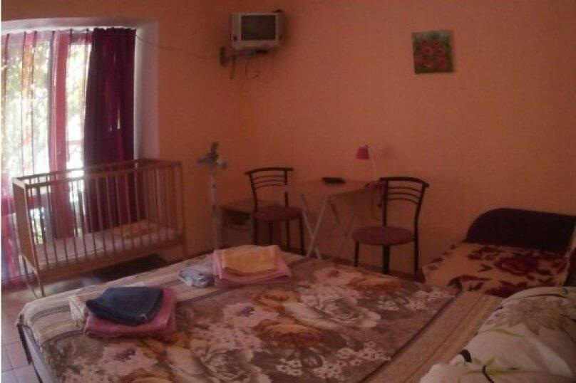 """Гостевой дом """"Три кита"""", Зеленая, 3 на 12 комнат - Фотография 27"""