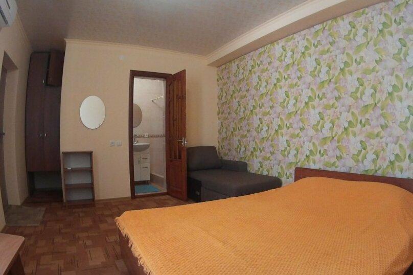 3хместный номер с двухспальной кроватью, улица Симонок, 135, Севастополь - Фотография 1