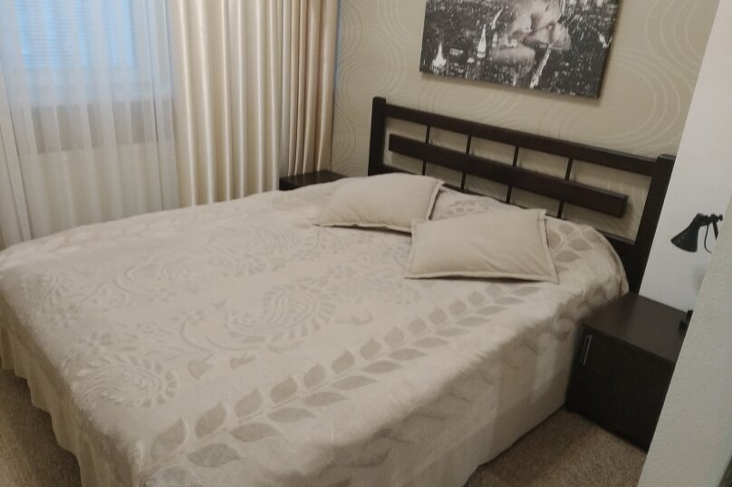 1-комн. квартира, 40 кв.м. на 2 человека, улица Сенявина, 5, Севастополь - Фотография 1
