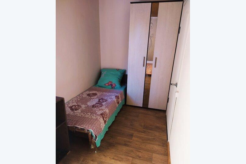 Комната 1138886, Цветочная улица, 13 на 2 комнаты - Фотография 3