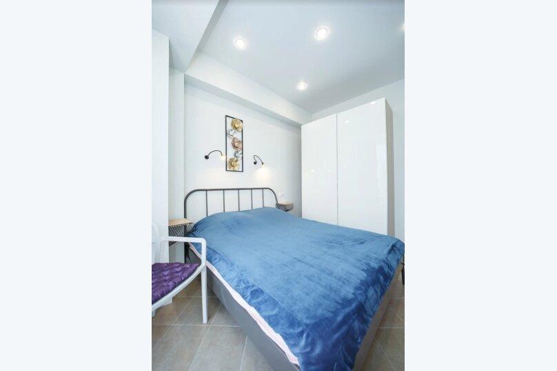 2-комн. квартира, 35 кв.м. на 4 человека, улица Кирова, 35, Адлер - Фотография 4