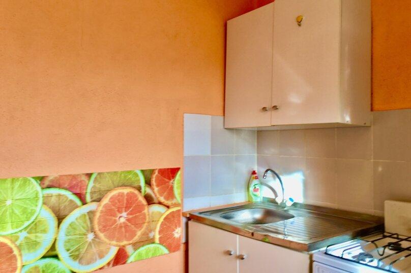 1-комн. квартира, 38 кв.м. на 4 человека, улица Челюскинцев, 110, Екатеринбург - Фотография 7