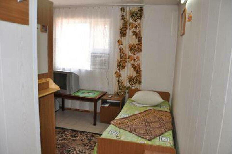 Четырехместный номер, Морская улица, 219, Ейск - Фотография 1