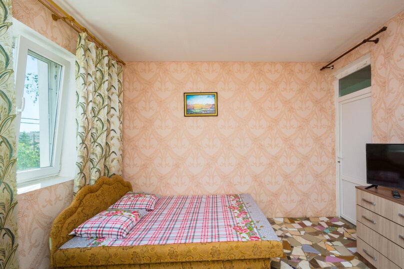 Улучшенный двухместный номер , улица 14 Апреля, 15, Судак - Фотография 5
