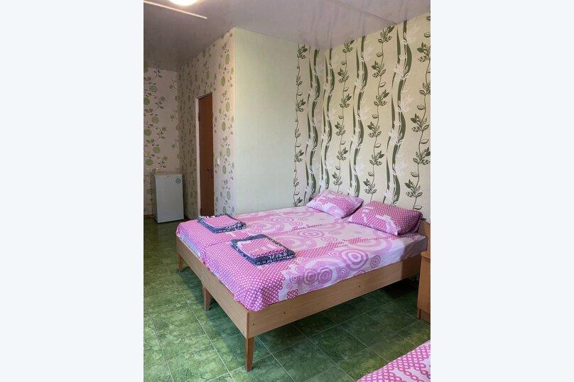 """Гостевой дом """"Дюльбер"""", Приморская улица, 4 на 31 комнату - Фотография 26"""