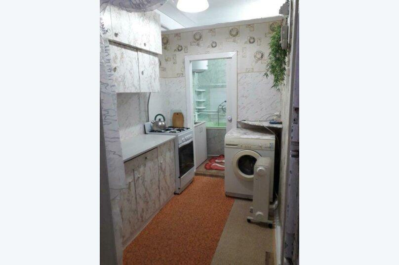 2-комн. квартира, 35 кв.м. на 4 человека, проспект Кирова, 7, Пятигорск - Фотография 2