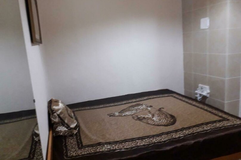 2-комн. квартира, 35 кв.м. на 4 человека, проспект Кирова, 7, Пятигорск - Фотография 8