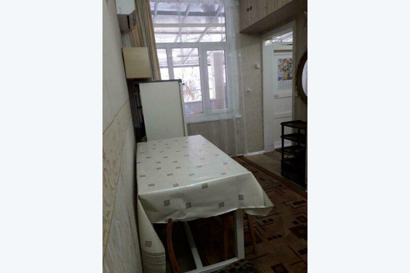 2-комн. квартира, 35 кв.м. на 4 человека, проспект Кирова, 7, Пятигорск - Фотография 15