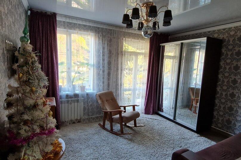 Отдельная комната, улица Ленина, 215, Адлер - Фотография 1