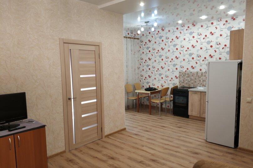2-комн. квартира, 45 кв.м. на 4 человека, улица Тимирязева, 73/1, Новосибирск - Фотография 12