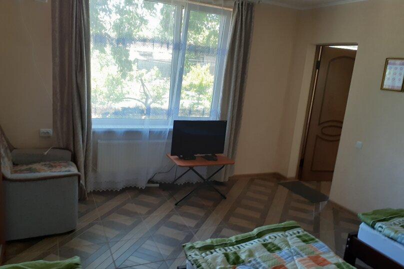 """Гостевой дом """"На Ванеева 8"""", Ванеева, 8 на 7 комнат - Фотография 15"""