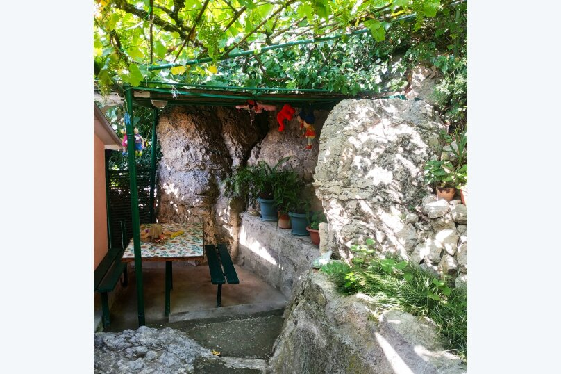 Хорошенький домик у моря, 50 кв.м. на 6 человек, 2 спальни, Алупкинское шоссе, 74Б, Гаспра - Фотография 20