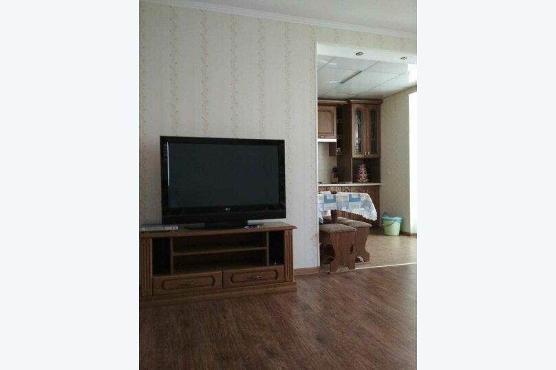 2-комн. квартира на 4 человека, Сырникова , 20,кв 42, Мирный, Крым - Фотография 2