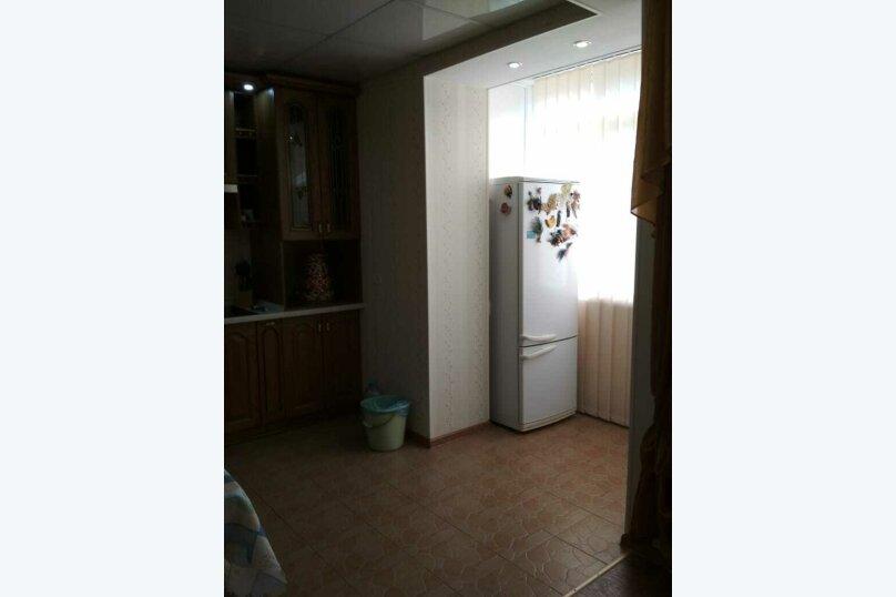 2-комн. квартира на 4 человека, Сырникова , 20,кв 42, Мирный, Крым - Фотография 4