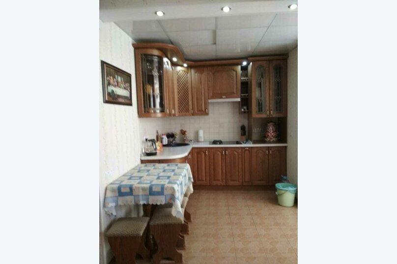2-комн. квартира на 4 человека, Сырникова , 20,кв 42, Мирный, Крым - Фотография 1