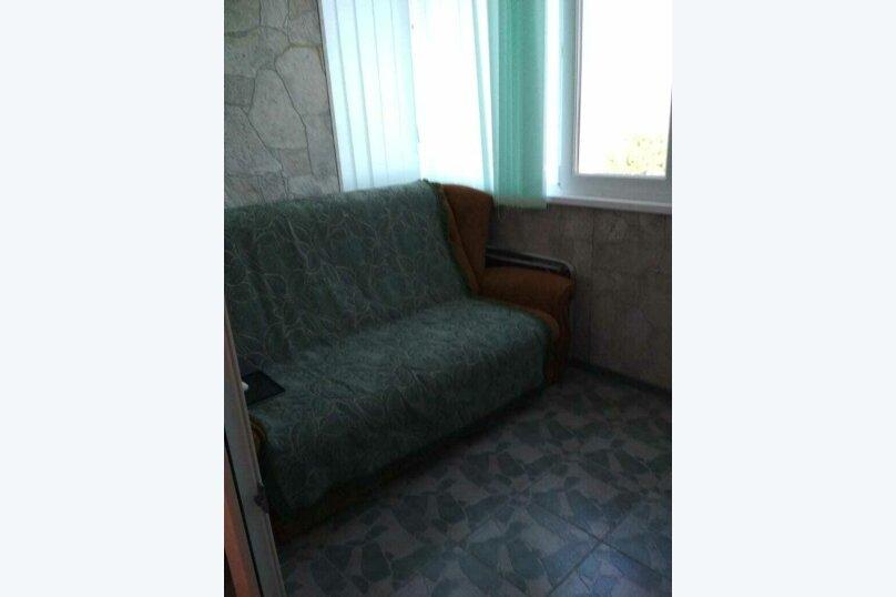 2-комн. квартира на 4 человека, Сырникова , 20,кв 42, Мирный, Крым - Фотография 9