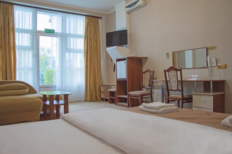 Стандарт двухместный с двуспальной кроватью, улица Крестовского, 87А, Балаклава - Фотография 1