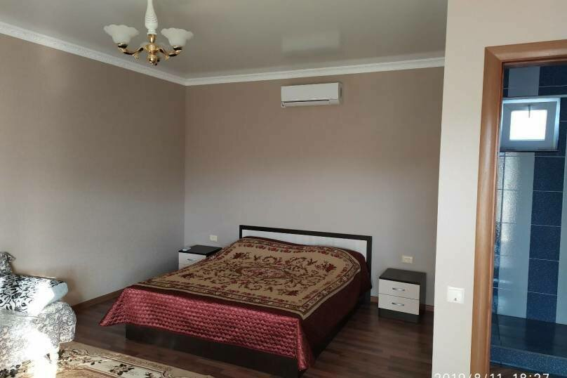 """Частный гостевой дом """"Мавиле"""", 100 кв.м. на 12 человек, 4 спальни, улица Чобан-Заде, 4, Судак - Фотография 3"""