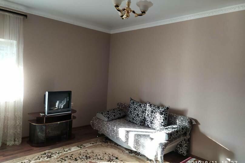 """Частный гостевой дом """"Мавиле"""", 100 кв.м. на 12 человек, 4 спальни, улица Чобан-Заде, 4, Судак - Фотография 4"""