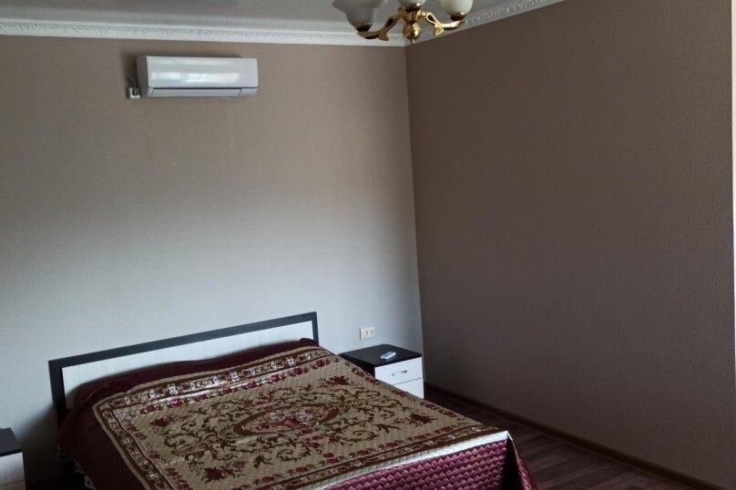 """Частный гостевой дом """"Мавиле"""", 100 кв.м. на 12 человек, 4 спальни, улица Чобан-Заде, 4, Судак - Фотография 6"""