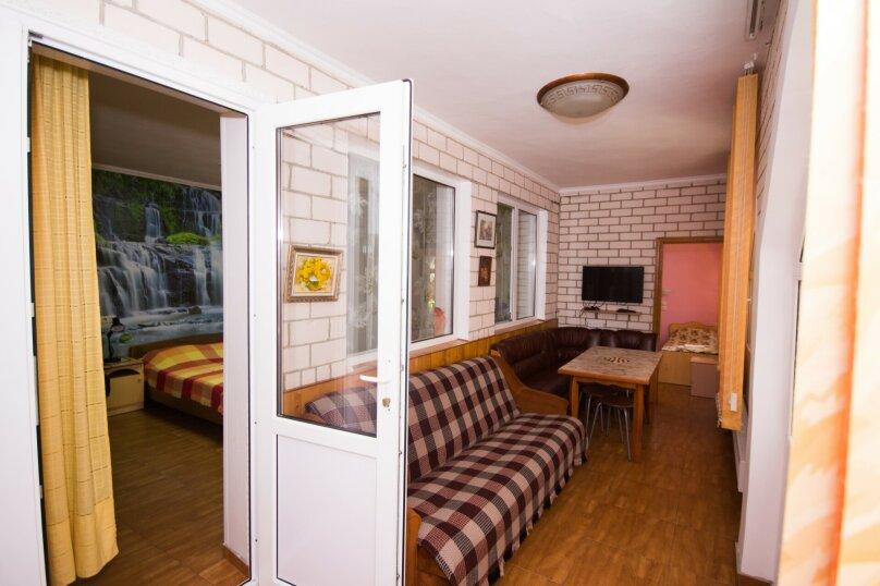"""Дом для отдыха """"Каталония"""", 120 кв.м. на 7 человек, 2 спальни, Заводская улица, 28, Анапа - Фотография 22"""