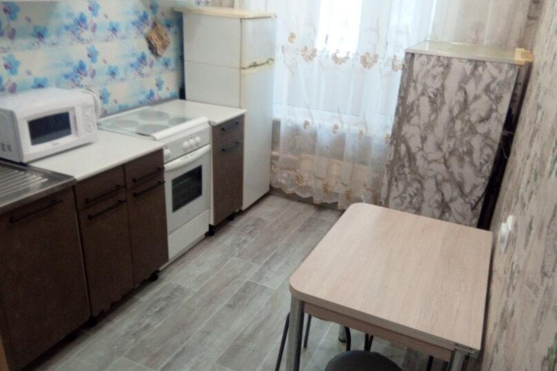 3-комн. квартира, 63 кв.м. на 6 человек, Приморский бульвар, 11, Тольятти - Фотография 10