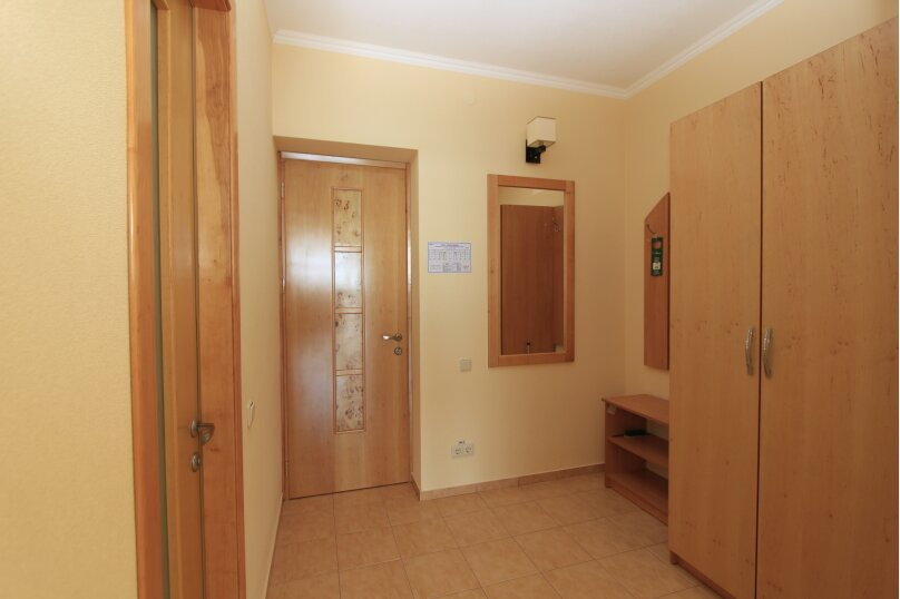 Люкс 2-х комнатный, Можжевеловый переулок, 11, Семидворье - Фотография 2