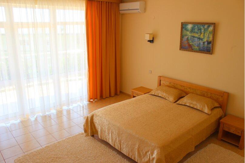 Люкс 2-х комнатный, Можжевеловый переулок, 11, Семидворье - Фотография 1