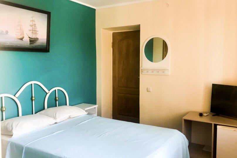 """(2) """"Double"""" room  с террасой (1 этаж), для двоих, Таврическая улица, 26, Оленевка - Фотография 1"""