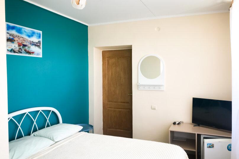 """(5) """"Double"""" room с балконом (2 этаж), для двоих, Таврическая улица, 26, Оленевка - Фотография 1"""