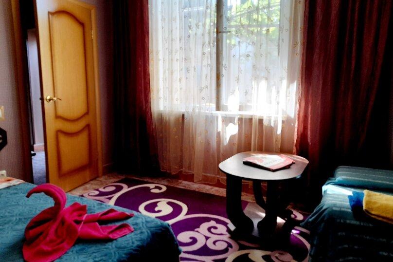 Дом, 30 кв.м. на 4 человека, 1 спальня, 6 линия, 215, Севастополь - Фотография 19