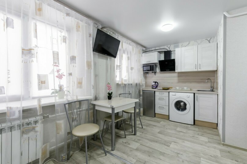 1-комн. квартира, 24 кв.м. на 2 человека, Малая Ивановская улица, 60, Омск - Фотография 1