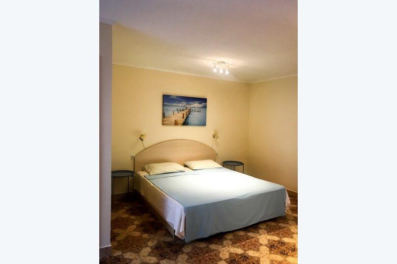 """(7) """"Bungalow"""" room с террасой (1 этаж), для четверых, Таврическая улица, 26, Оленевка - Фотография 6"""