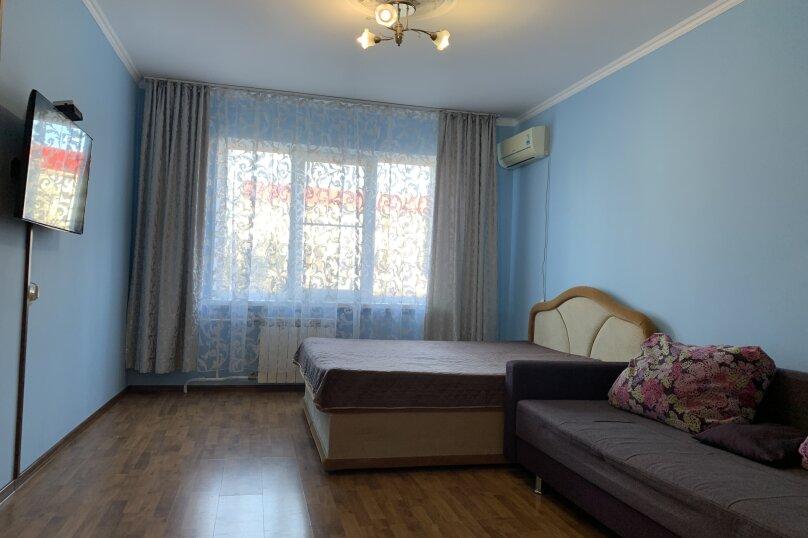 2-комн. квартира, 55 кв.м. на 8 человек, улица Грибоедова, 48, Геленджик - Фотография 1