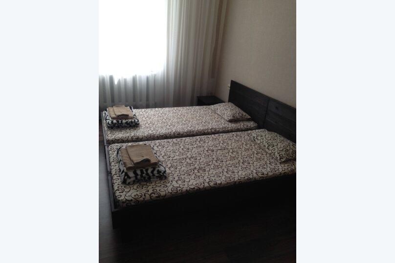 Дом на 8 человек в Молочном, 100 кв.м. на 8 человек, 4 спальни, Приморская, 70, Молочное - Фотография 3