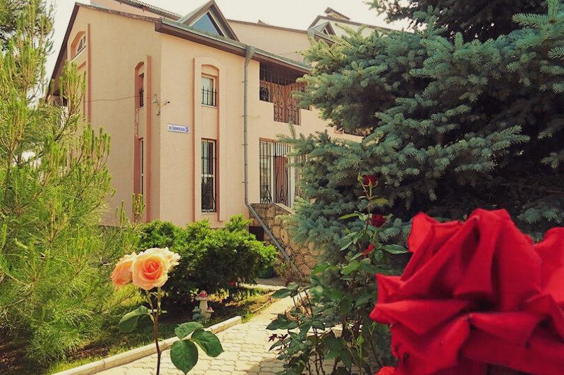 """Гостевой дом """"Это Лето"""", Таврическая улица, 26 на 9 комнат - Фотография 6"""
