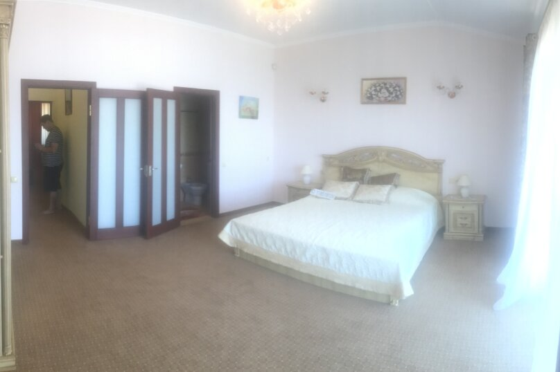 Трехэтажный Эллинг под ключ, 200 кв.м. на 10 человек, 3 спальни, Курортная улица, 42А, Феодосия - Фотография 2