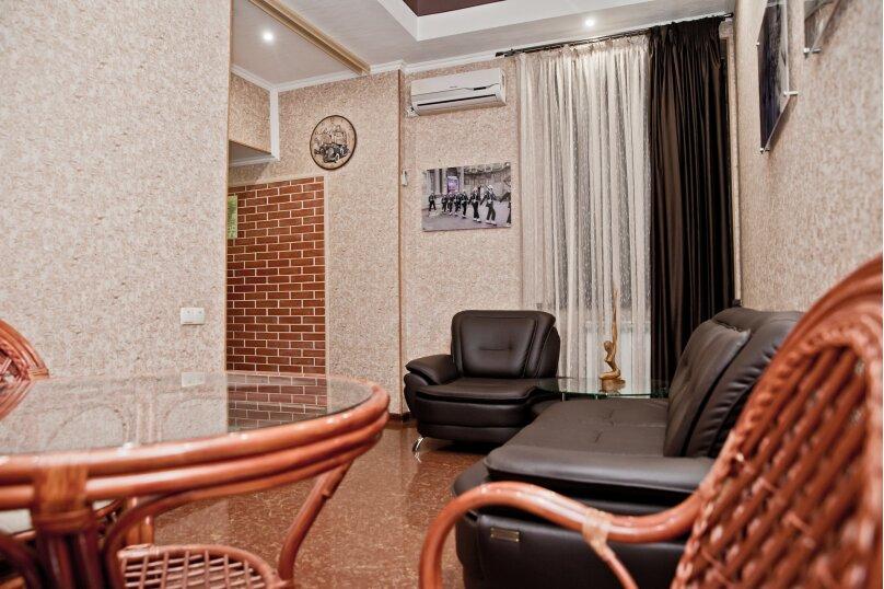 Гостиница 1141354, Рабочая улица, 1 на 7 номеров - Фотография 3