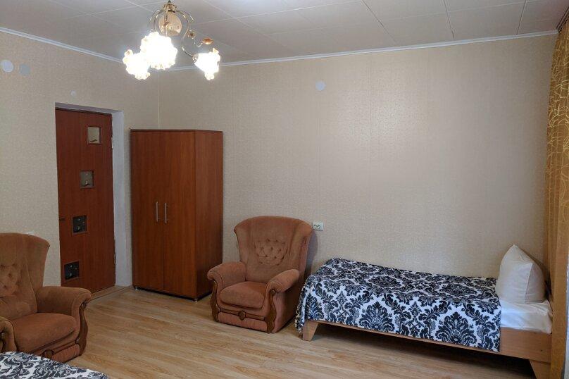 4-х местный номер с отдельным входом , Набережная , 42, Штормовое - Фотография 3