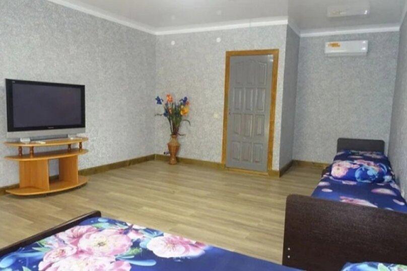 Пятиместный номер Комфорт, Новороссийское шоссе, 12Г, Джубга - Фотография 1