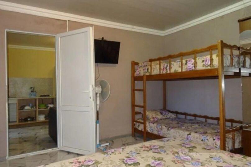 """Гостевой дом """"Юнга"""", Новороссийское шоссе, 12Г на 14 комнат - Фотография 37"""