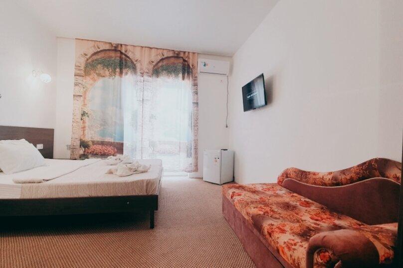 """Отель """"Белое Солнце"""", Гиацинтовый проезд, 2 на 33 номера - Фотография 52"""
