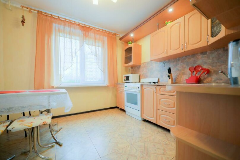2-комн. квартира, 54 кв.м. на 4 человека, улица Чичерина, 33А, Челябинск - Фотография 7