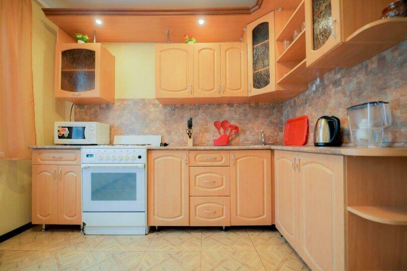 2-комн. квартира, 54 кв.м. на 4 человека, улица Чичерина, 33А, Челябинск - Фотография 8