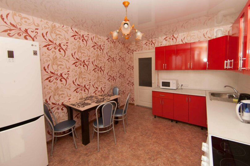 2-комн. квартира, 61 кв.м. на 4 человека, улица Революции 1905 года, 80Г, Воронеж - Фотография 2