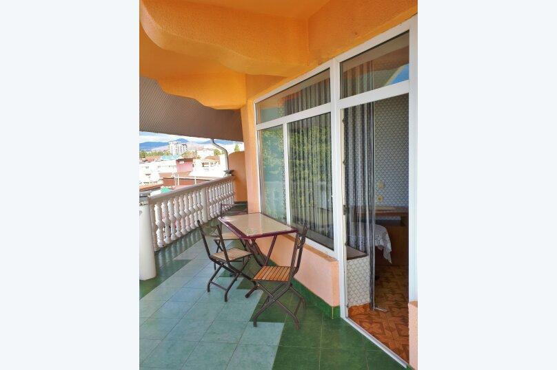 Четырехместный с балконом , улица Ульянова, 10, Адлер - Фотография 12