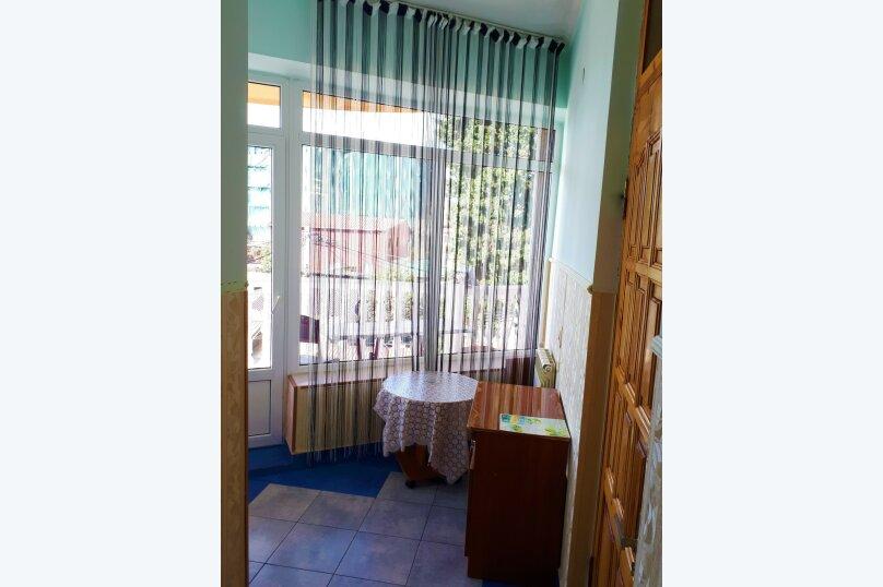 Четырехместный с балконом , улица Ульянова, 10, Адлер - Фотография 28