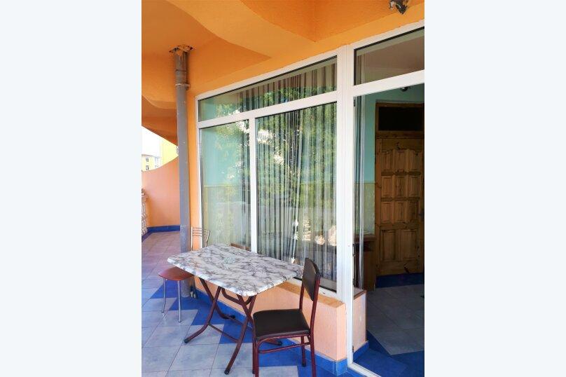 Четырехместный с балконом , улица Ульянова, 10, Адлер - Фотография 32